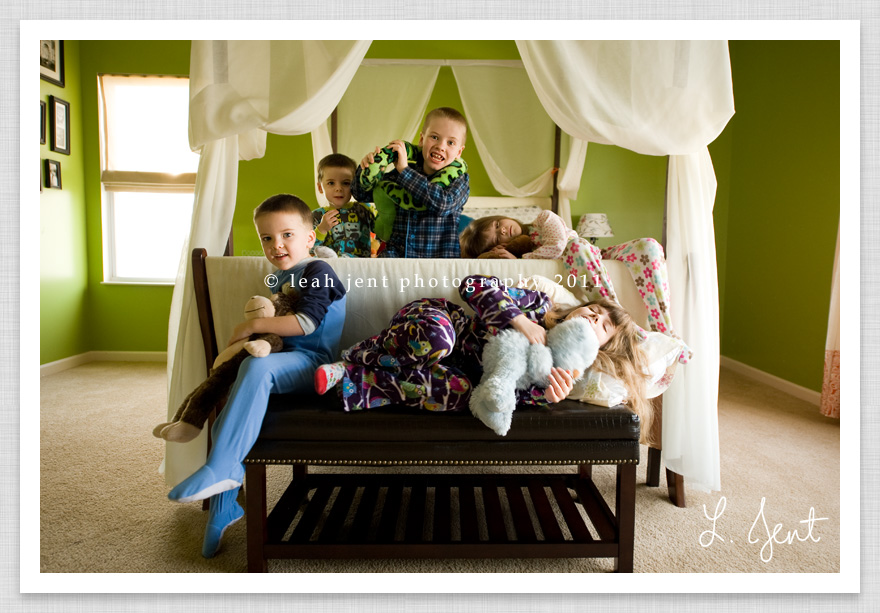five kids in pajamas | dayton ohio child photographer